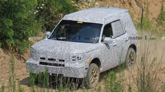 福特全新SUV曝光:或命名为Adventurer 明年亮相