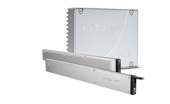 英特尔悄然推出 15.3TB 固态硬盘:售价超三万元 基于 PCIe3.1 x4 标准