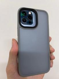 苹果iPhone 13 Pro手机保护壳曝光 壳比真机摄像头还大