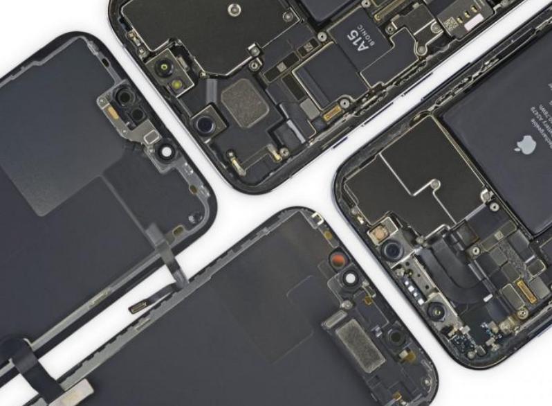 外媒拆解iPhone13 Pro:内部发现一些变化 可修复性得分5分
