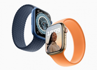 Apple Watch Series 7手表拥有铝金属磁力快速充电器 45分钟电量达80%